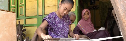 Trailer Melihat Indonesia eps:  Di Balik Tabir  Tenun Gedog